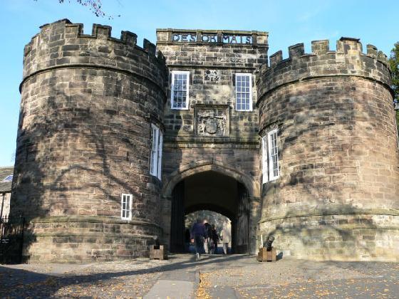 Puerta de entrada del Castillo
