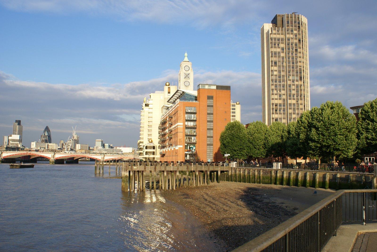 De la Torre Oxo al Puente de la Torre de Londres