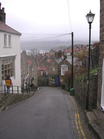 La calle principal de Robin Hood's Bay
