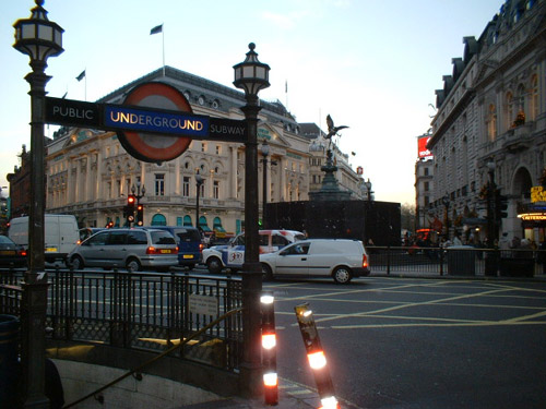 picadilly metro