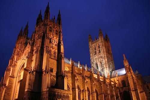 Canterbury de noche