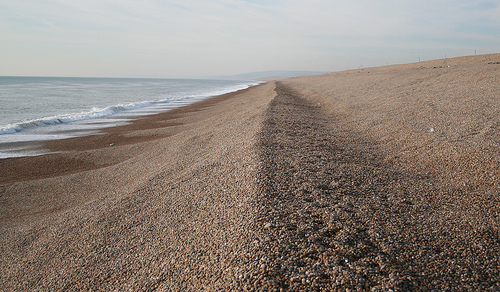 Chesil, una playa repleta de guijarros