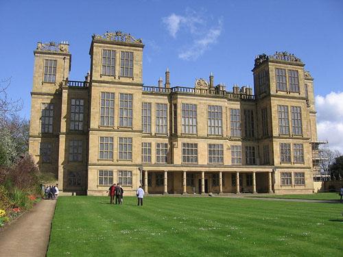 Hardwick Hall, la mansión de las mil ventanas