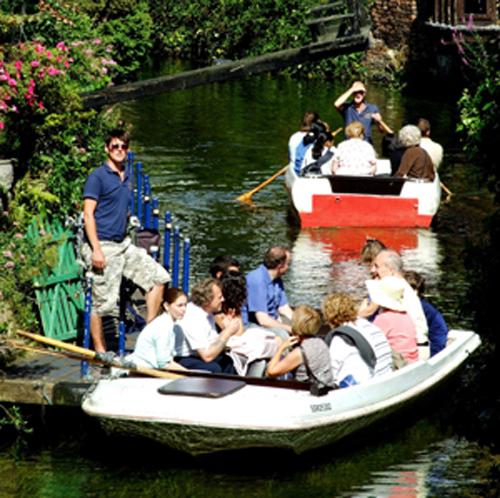 Un paseo en barca por Canterbury