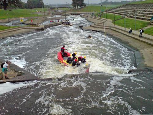 Rafting en ríos artificiales en Inglaterra
