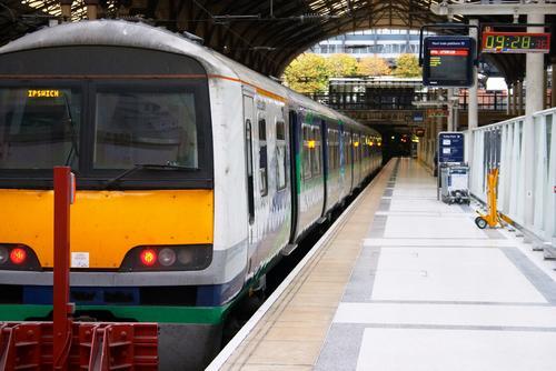 Tren en Liverpool